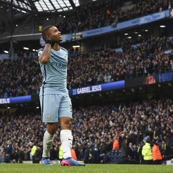 Gabriel Jesus em jogo pelo Manchester City (Foto: PAUL ELLIS / AFP)