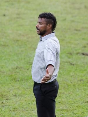 Cláudio Britto, técnico União Barbarense (Foto: Sanderson Barbarini | FOCO NO ESPORTE)