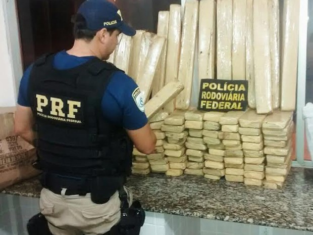 PRF apreende 134 quilos de maconha em Miranda do Norte (Foto: Reprodução/PRF)
