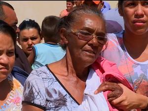 Maria Deuzita perdeu dois filhos na chacina (Foto: Reprodução/TV Grande Rio)