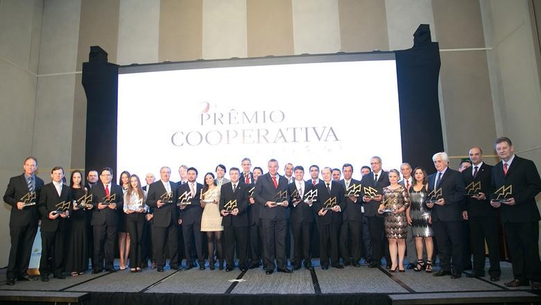 OCB divulga vencedores do Prêmio Cooperativa do Ano - Globo Rural