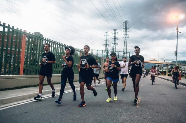 Sheron Menezes participa de corrida de rua em prol da igualdade racial (Foto: Divulgação)