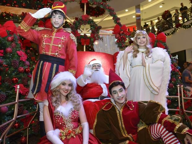 Crianças também podem visitar e tirar fotos com o Papai Noel em shoppings de Goiânia Goiás (Foto: Divulgação/Goiânia Shopping)