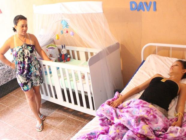 Luciana acredita muito que a filha vá voltar a andar no futuro (Foto: Carlos Dias/G1)
