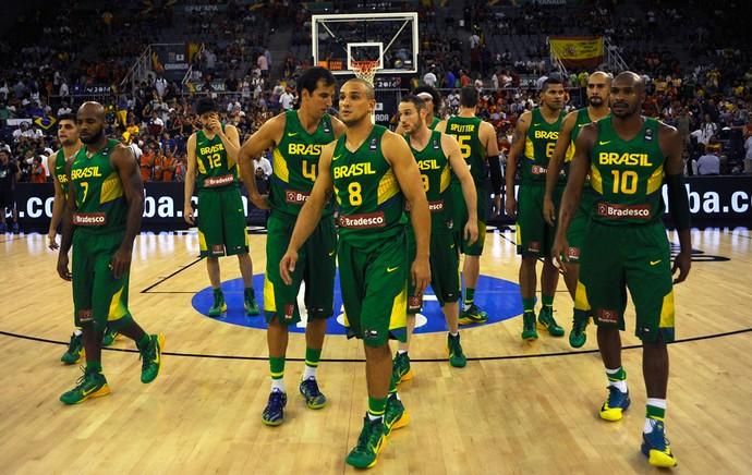 Seleção Brasileira de basquete (Foto: AFP)