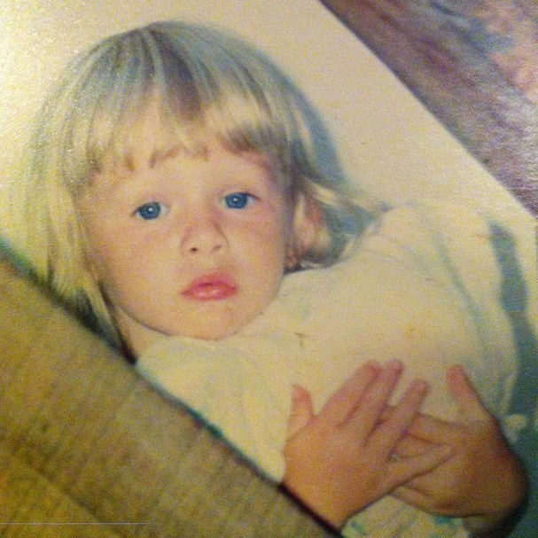 Fiorella Mattheis posta foto da infância (Foto: Reprodução/Instagram)