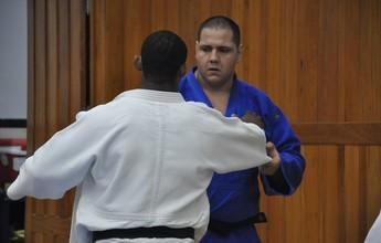 Judô brasileiro inicia preparação final para a Olimpíada em Mangaratiba