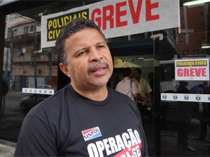 Cláudio Marinho, presidente do Sinpol/PE (Foto: Katherine Coutinho/G1)
