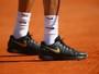 Em seu retorno, Federer usa tênis em alusão à despedida de Kobe Bryant