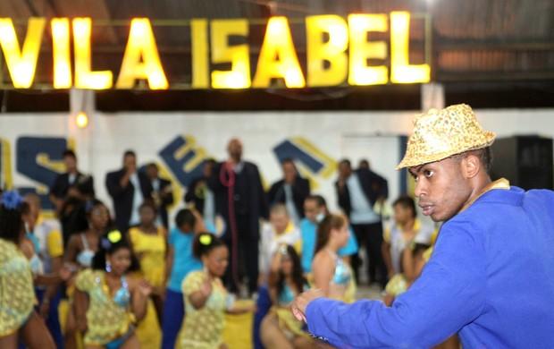 Unidos de Vila Isabel ensaia para contar a história dos estádios do Grêmio no carnaval (Foto: Silvio Telles/Divulgação)