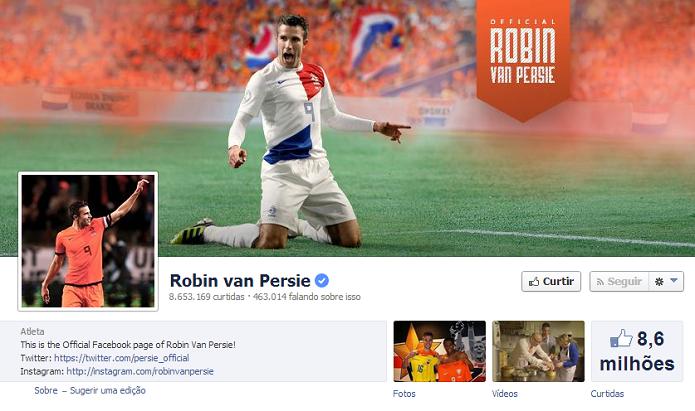 Robin Van Persie do Manchester United tem 8,495,230 de fãs no Facebook (Foto: Reprodução/Facebook)
