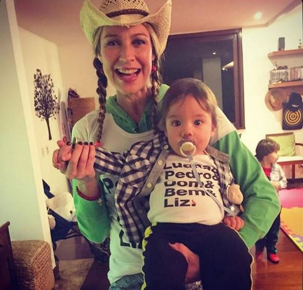 Luana Piovani com o filho Bem (Foto: Reprodução/Instagram)