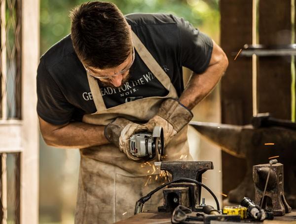Rodrigo Hilbert adora fazer consertos  (Foto: Reprodução Instagram )
