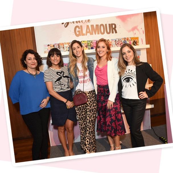 "Paula Merlo com Julia Humphreys, Luiza Souza, Marina Berberian e Mayra Corrêa e Castro comandaram a palestra ""O Perfume Perfeito"" (Foto: Cleiby Trevisan)"