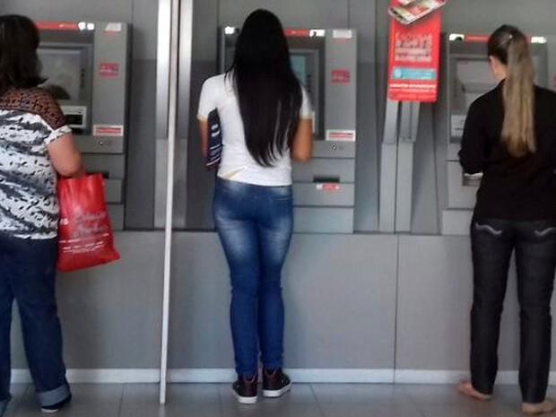 Febraban aconselha correntistas a usarem os canais eletrônicos de atendimento dos bancos (Foto: Daniela Ayres/ G1)
