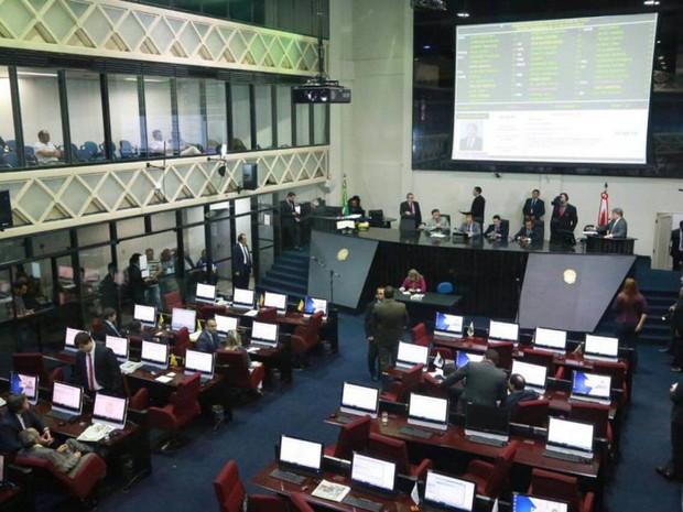 Mudança que irá alterar número de sessões parlamentares na Alepa terá validade até o mês de setembro deste ano, quando se encerra o período de campanha eleitoral. (Foto: Divulgação/Alepa)