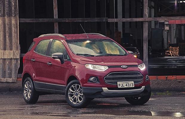 Ford EcoSport 1.6 Powershift sai entre R$ 68.690 e R$ 80.300 (Foto: Bruno Guerreiro/Autoesporte)