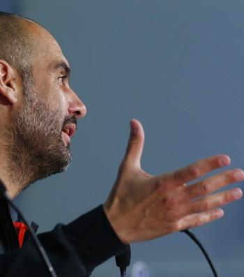 Pep Guardiola coletiva Barcelona Bayern (Foto: Reuters)