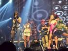 Anitta recebe o Bonde das Maravilhas em show no Rio