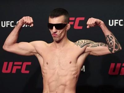 Thomas Almeida, pesagem UFC Long Island (Foto: Reprodução/MMA Fighting)