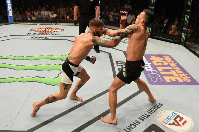 Cody Garbrandt e Thomas Almeida UFC (Foto: Getty Images)