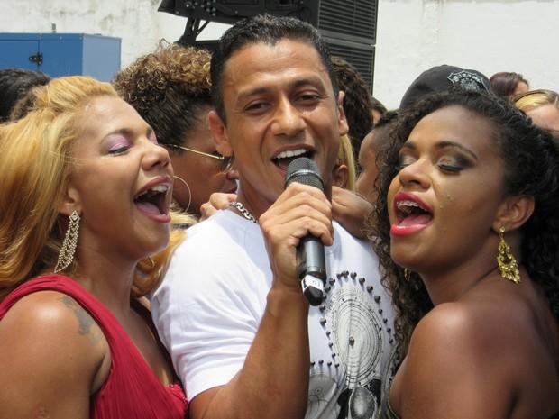 Mc Leozinho foi a atração musical do concurso Garota Talavera Bruce (Foto: Marcelo Elizardo/ G1)