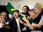 Em dia de jogo do Brasil na Copa do Mundo, bandas narram gols da Seleção