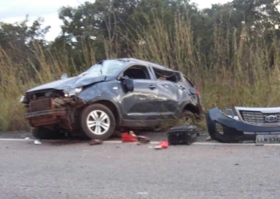 Acidente aconteceu na TO-080 entre Divinópolis e Marianópolis (Foto: PM/Divulgação)