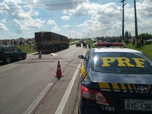 Protesto deixou dois quilômetros de fila na região (Foto: Divulgação/PRF)