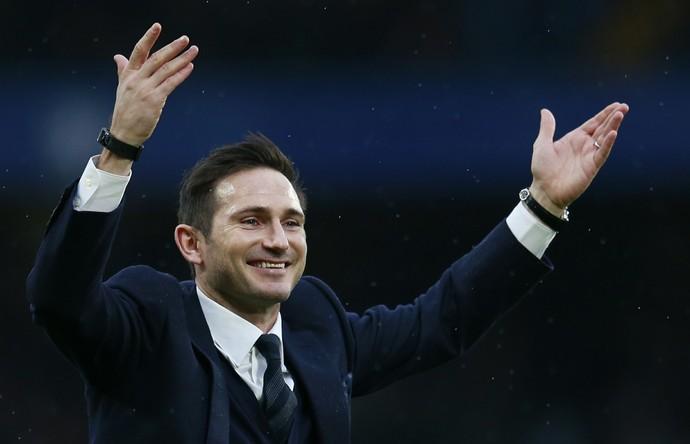 Frank Lampard Chelsea homenagem (Foto: Reuters)