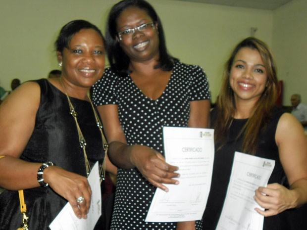 Marilene de Mello e outras formandas da turma de direito  (Foto: Arquivo pessoal)