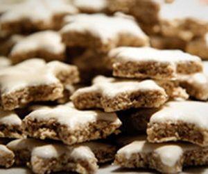 Biscoito amanteigado com cobertura de chocolate
