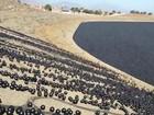 Los Angeles usa 'bolas de sombra' para evitar evaporação em reservatório