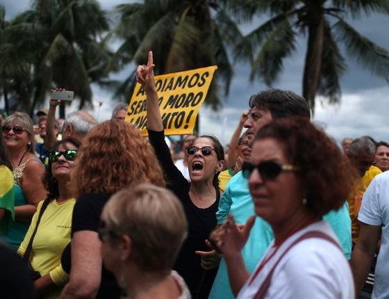 Manifestação no Rio de Janeiro, 04 de dezembro (Foto: Pilar Olivares/ Reuters)