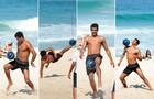 Na pele de Jairo e cheio de moral com a bola, Marcello se joga altinho na praia (Foto: Felipe Monteiro/ TV Globo)
