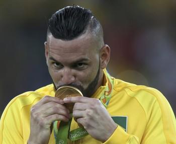 Weverton Brasil x Alemanha (Foto: Reuters)