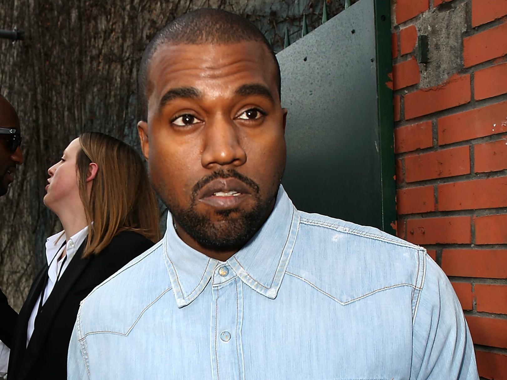 """""""Para mim, eu sou um gênio criativo. Não há outro nome que possa dar a isso. Sei que não se deve dizer isso de si mesmo, e que muitas vezes digo coisas da maneira errada, mas minha intenção é sempre positiva"""" — Kanye West no programa 'Jimmy Kimmel Live' em 2013. (Foto: Getty Images)"""