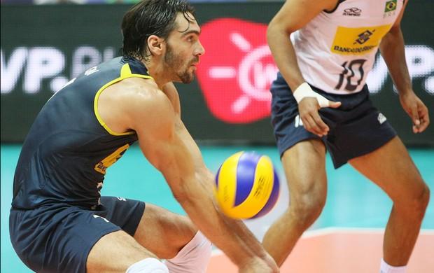 Vôlei GIBA brasil eua liga mundial (Foto: divulgação / FIVB)