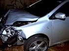 Menor suspeito de roubar posto causa acidente em fuga e fere mulher