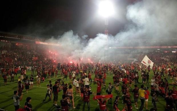 Torcida do Muang Thong United comemorando o título  (Foto: Arquivo pessoal)
