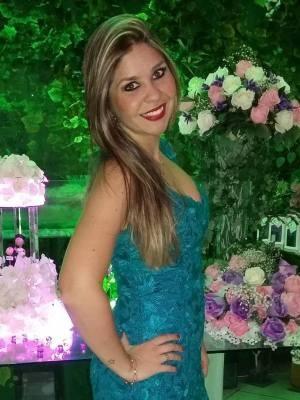 Elyse Chiceri (Foto: Reprodução/Facebook)
