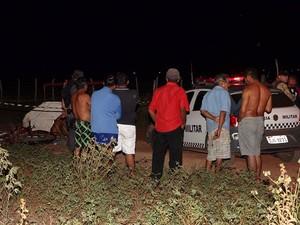Crime aconteceu no assentamento Maisa na noite deste sábado (4) (Foto: Marcelino Neto/O Câmera)