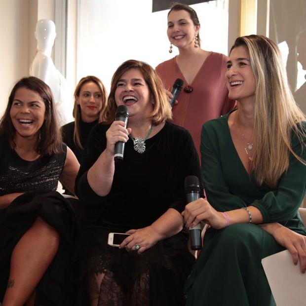 Martha Medeiros com Daniela Falcão, Barbara Migliori e Vivian Sotocórno (Foto: Divulgação)