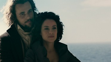 Joaquina é salva por Xavier e os dois fogem juntos