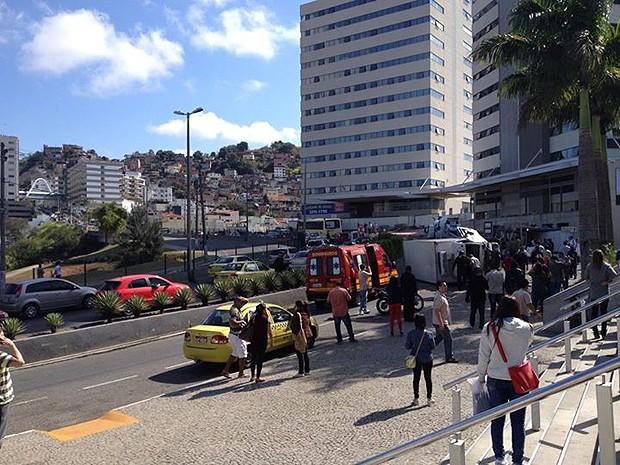 Acidente na Avenida Itamar Franco em Juiz de Fora (Foto: Liliane da Rocha/Arquivo pessoal)