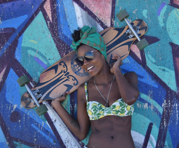 Jéssica Córes conta que é fã de skate (Foto: Arquivo Pessoal)