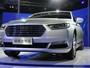Volkswagen Gran Santana e Ford Taurus estreiam no Salão de Xangai