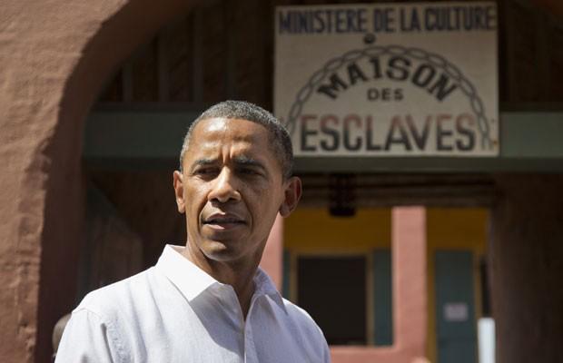 Barack Obama, na ilha senegalesa de Gorea (Foto: Evan Vucci/AP)