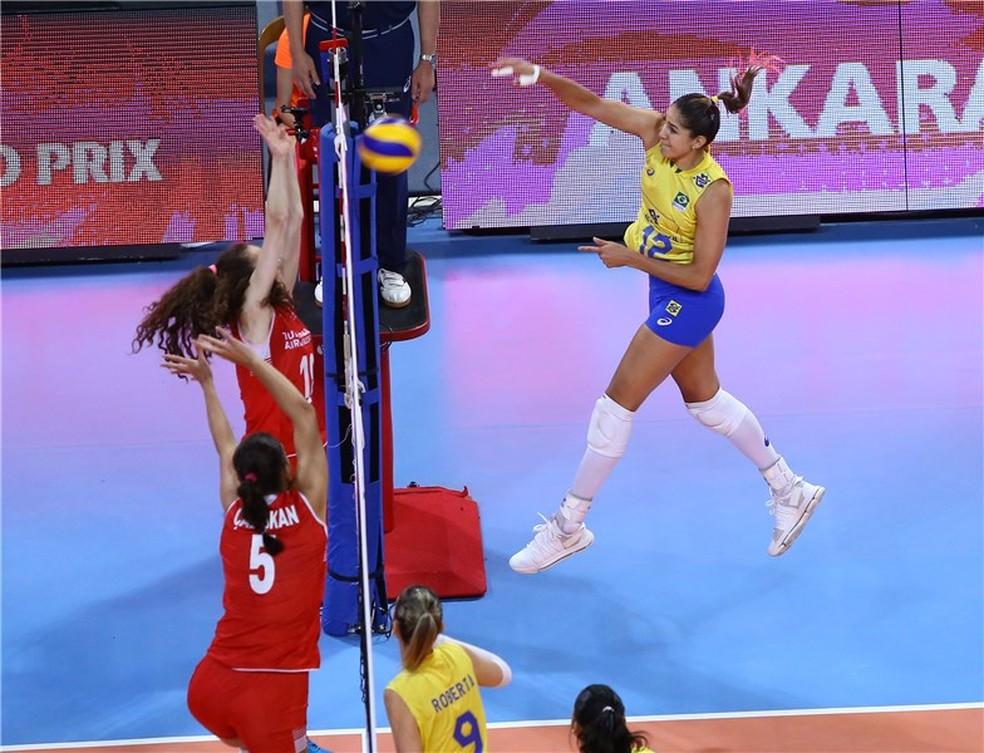 Brasil encarou a Turquia no terceiro jogo do GP de vôlei (Foto: FIVB)