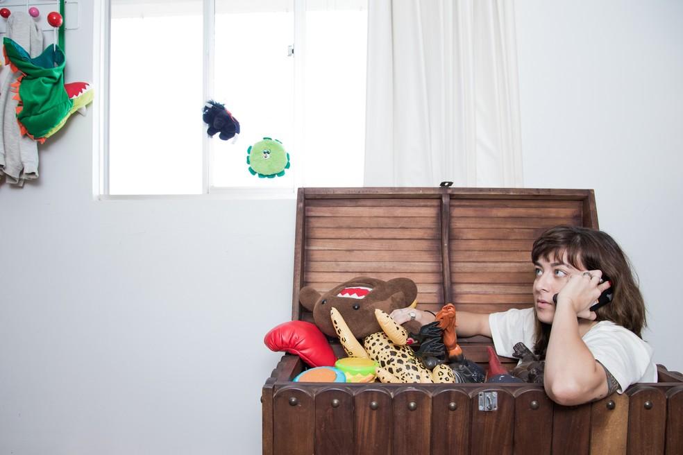 Helen Ramos criou canal no YouTube para falar sobre a maternidade sem idealização (Foto: Estudio Cajuína)